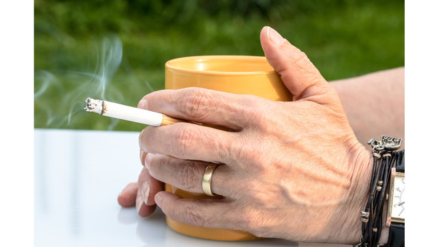 Non-Smokers Get 6 Extra Days Off to Make Up for Smoke Breaks