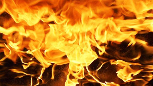 Crews respond to fully-engulfed house fire in Putnam County