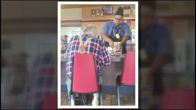 Texas teen getting scholarship following act of kindness caught on camera