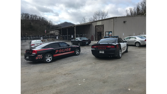 Man Threatens to Blow up Pike County, KY Building because Wife Won't Return Calls