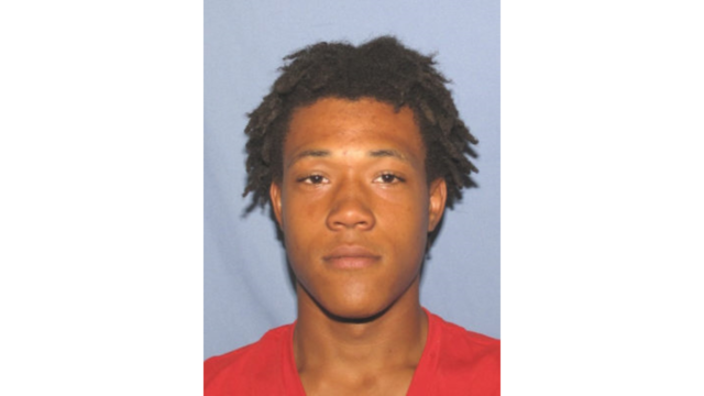 U.S. Marshal Office searching for most-wanted fugitive in Parkersburg area