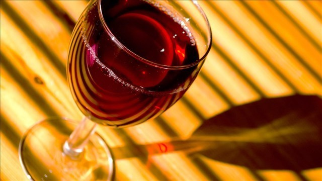 A toast! Today is National Wine Day